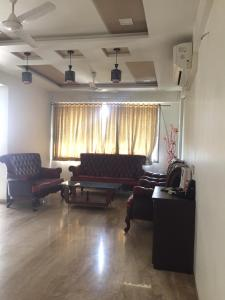 Gallery Cover Image of 2800 Sq.ft 4 BHK Apartment for rent in Thaltej for 65000