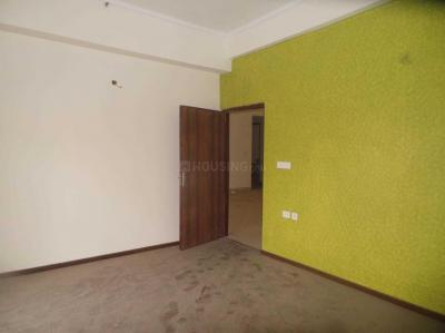 Gallery Cover Image of 2200 Sq.ft 3 BHK Apartment for rent in Sector 78 for 24000