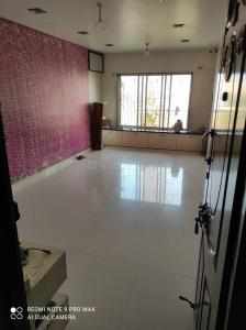 Gallery Cover Image of 1070 Sq.ft 3 BHK Apartment for buy in Kandivali West for 15500000