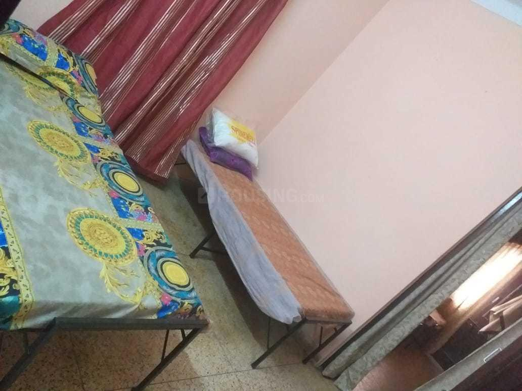 Bedroom Image of Batra Girls PG in Tilak Nagar