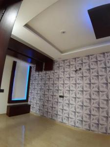Gallery Cover Image of 1875 Sq.ft 3 BHK Apartment for rent in Sector 78 for 35000