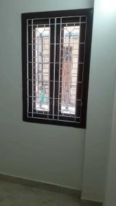 Gallery Cover Image of 540 Sq.ft 1 BHK Apartment for rent in  RWA East Of Kailash SFS Flats, Garhi for 16000