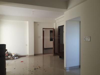 Gallery Cover Image of 1350 Sq.ft 2 BHK Apartment for rent in Sholinganallur for 18000
