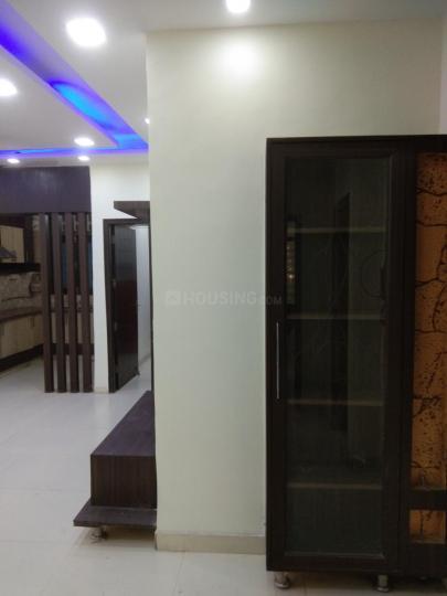 सनलाइट  कॉलोनी  में 20000000  खरीदें  के लिए 20000000 Sq.ft 3 BHK अपार्टमेंट के हॉल  की तस्वीर
