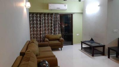 Gallery Cover Image of 2100 Sq.ft 3 BHK Apartment for rent in Thaltej for 50000