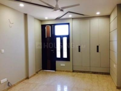 Gallery Cover Image of 1800 Sq.ft 4 BHK Apartment for rent in Saket for 35000