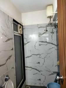 Bathroom Image of Ashar 16 in Thane West