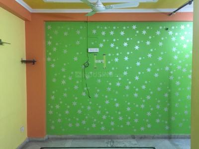 Gallery Cover Image of 1100 Sq.ft 2 BHK Apartment for rent in Vasant Kunj for 15000