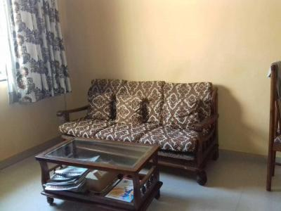 Gallery Cover Image of 680 Sq.ft 1 BHK Apartment for rent in Malad West for 33000