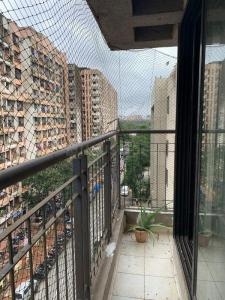 Gallery Cover Image of 900 Sq.ft 2 BHK Apartment for rent in Kohinoor City, Kurla West for 45000