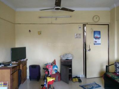 Gallery Cover Image of 920 Sq.ft 2 BHK Apartment for rent in Borivali East for 27000