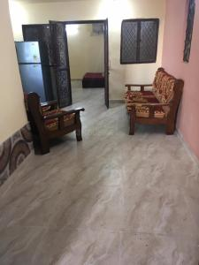 Gallery Cover Image of 1350 Sq.ft 3 BHK Independent Floor for buy in DDA Freedom Fighters Enclave, Said-Ul-Ajaib for 5200000