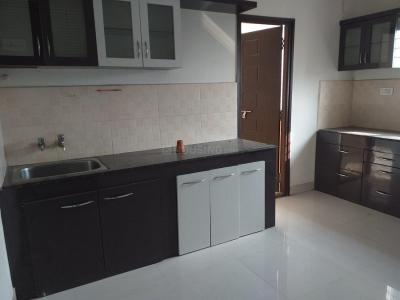 Gallery Cover Image of 1750 Sq.ft 3 BHK Apartment for rent in Madhapur for 40000