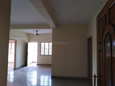 Gallery Cover Image of 1200 Sq.ft 3 BHK Apartment for rent in Vandalur for 10000