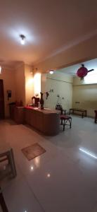 Gallery Cover Image of 1400 Sq.ft 2 BHK Apartment for rent in Chembur for 52000