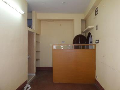 Gallery Cover Image of 800 Sq.ft 3 BHK Apartment for rent in Jadavpur for 12500