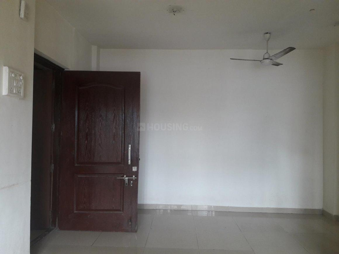 Living Room Image of 650 Sq.ft 1 BHK Apartment for buy in Kandivali East for 8600000