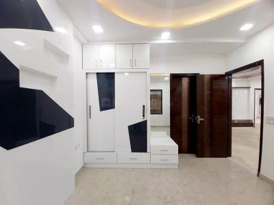 Gallery Cover Image of 850 Sq.ft 3 BHK Independent Floor for buy in Sector 24 Rohini for 10000000