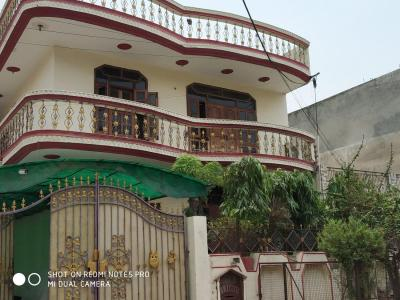 Gallery Cover Image of 1000 Sq.ft 3 BHK Apartment for rent in Sector 28 for 15000