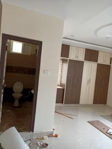 Gallery Cover Image of 1673 Sq.ft 3 BHK Apartment for rent in Divine Allura, Chandanagar for 20000