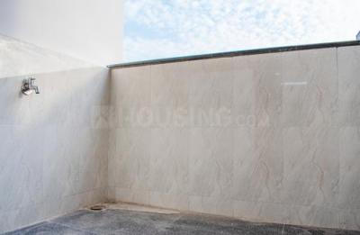 Gallery Cover Image of 1500 Sq.ft 2 BHK Apartment for rent in Rai Durg for 22400