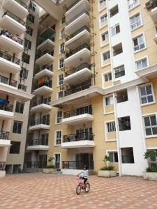Gallery Cover Image of 1800 Sq.ft 3 BHK Apartment for rent in Jain Heights, Kartik Nagar for 40500