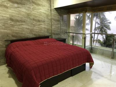 Gallery Cover Image of 2001 Sq.ft 3 BHK Apartment for rent in Emgee Janki Kutir, Juhu for 300000