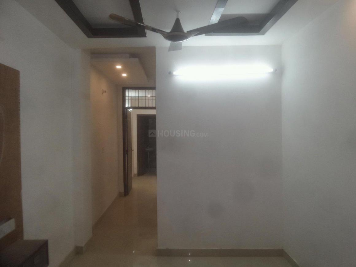 Living Room Image of 600 Sq.ft 2 BHK Apartment for rent in Mahavir Enclave for 10000