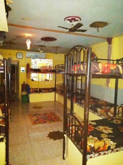 बोरीवली ईस्ट में निकुंज डेव पीजी के बेडरूम की तस्वीर