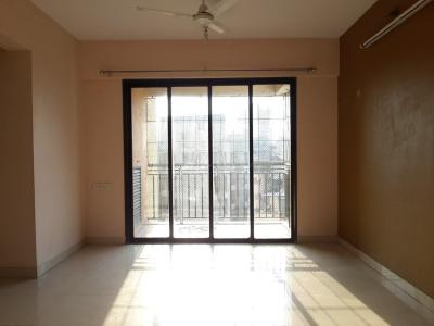 Gallery Cover Image of 1040 Sq.ft 2 BHK Apartment for rent in Thane West for 23000