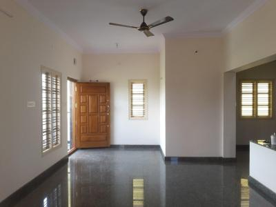 Gallery Cover Image of 2100 Sq.ft 3 BHK Independent Floor for rent in J P Nagar 8th Phase for 24000