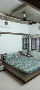 Gallery Cover Image of 1810 Sq.ft 3 BHK Independent House for buy in Ghodasar for 14000000