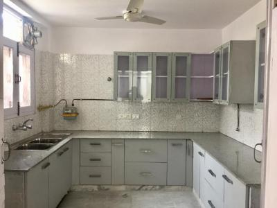 Gallery Cover Image of 1800 Sq.ft 2 BHK Independent Floor for rent in South Extension II for 65000