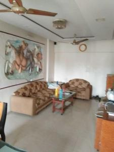 Gallery Cover Image of 1000 Sq.ft 3 BHK Apartment for rent in Vile Parle East for 85000