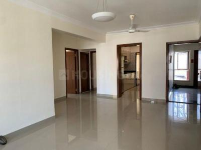 Gallery Cover Image of 900 Sq.ft 2 BHK Apartment for rent in Blue Heaven, Bandra West for 75000
