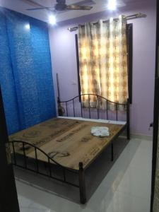 Gallery Cover Image of 250 Sq.ft 1 RK Independent Floor for rent in Uttam Nagar for 5000
