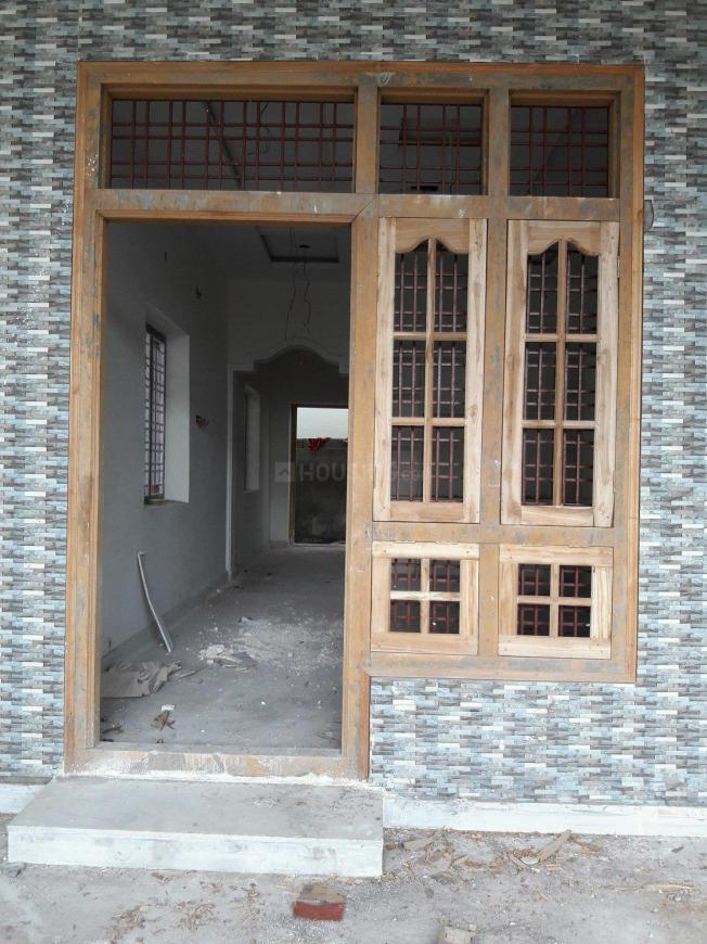 Main Entrance Image of 1250 Sq.ft 2 BHK Independent House for buy in Aminpur for 5800000