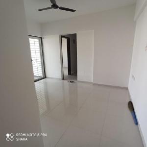 Gallery Cover Image of 920 Sq.ft 2 BHK Apartment for buy in Dynamic Dynamic Linea, Undri for 6500000