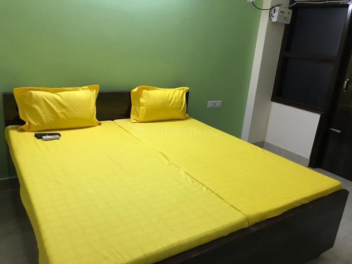 सेक्टर 100 में ज़ोलो स्टेय के बेडरूम की तस्वीर