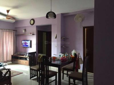 Gallery Cover Image of 906 Sq.ft 2 BHK Apartment for rent in Tangra for 22000