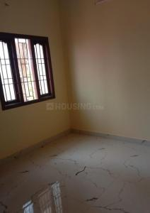 Gallery Cover Image of 881 Sq.ft 2 BHK Apartment for buy in Arumbakkam for 8810000