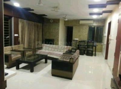 Gallery Cover Image of 2500 Sq.ft 4 BHK Apartment for rent in Concrete Sai Saakshaat, Kharghar for 65000