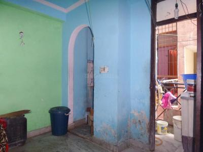 Gallery Cover Image of 370 Sq.ft 1 BHK Independent Floor for buy in Jamia Nagar for 1200000