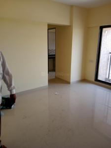 Gallery Cover Image of 600 Sq.ft 1 BHK Apartment for rent in Saptashree Galaxy Bldg 1 And 2, Khidkali for 7000