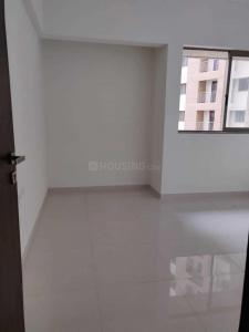 Gallery Cover Image of 750 Sq.ft 1 BHK Apartment for buy in Thane West for 10555555