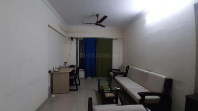 Gallery Cover Image of 1050 Sq.ft 2 BHK Apartment for rent in Mulund East for 38000
