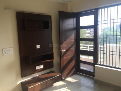 Gallery Cover Image of 1125 Sq.ft 3 BHK Independent Floor for buy in Sector 28 Dwarka for 5600000