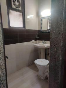 Bathroom Image of PG 6444042 Malviya Nagar in Malviya Nagar