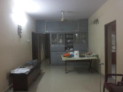 Gallery Cover Image of 1100 Sq.ft 3 BHK Apartment for rent in Pals Court, Nungambakkam for 35000