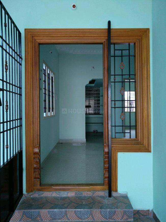 Main Entrance Image of 850 Sq.ft 2 BHK Independent House for buy in Perumalpattu for 3000000